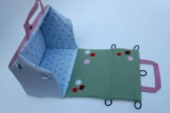 Fabric Doll House Tutorial