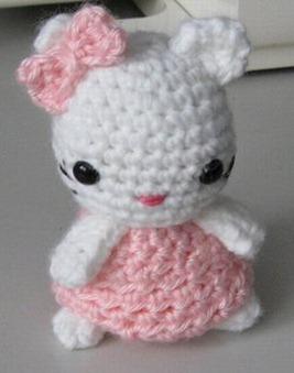 Honey Bee Bug-a-boo Amigurumi Crochet Pattern [] - - It's Free