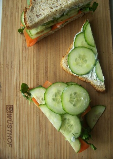 lunch cucumber sandwich