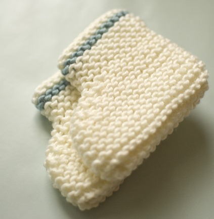 Simple Knitting Patterns : free easy knit baby booties pattern